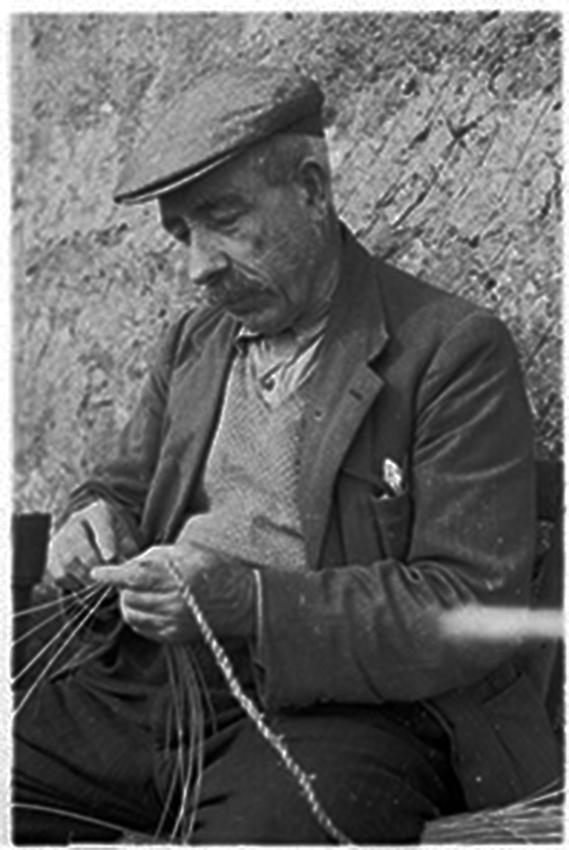Weaving marram grass